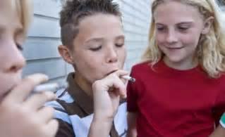 teenagers start smoke picture 2