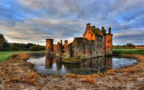 castle 3 candid-hd picture 6