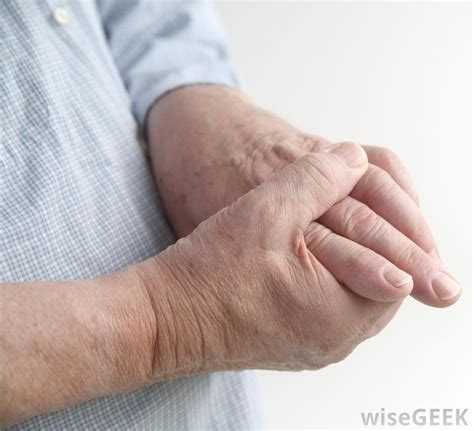 causes feeling of legs foot and hands asleep picture 6