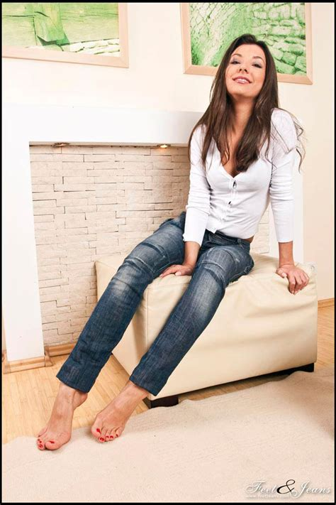 foot jeans picture 3
