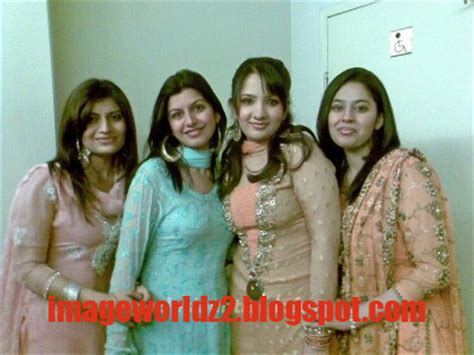 www anti more beautiful than bhabhi why picture 15