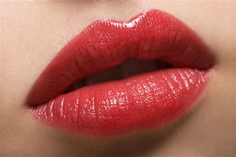 how to plump lips naturally picture 11