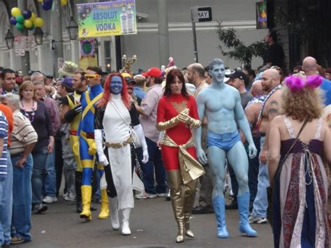 women men flashing street festables picture 2