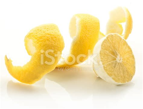 how to twist lemon skin picture 5