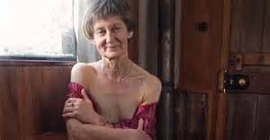 femei care sug pula 60 de ani picture 7