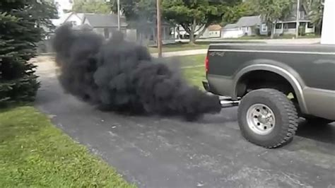 cars making smoke picture 3