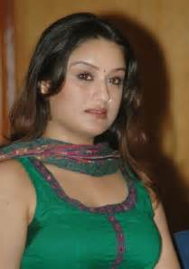 tamil real hot aunty hair arms picture 2
