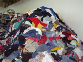 piles of clothes picture 3