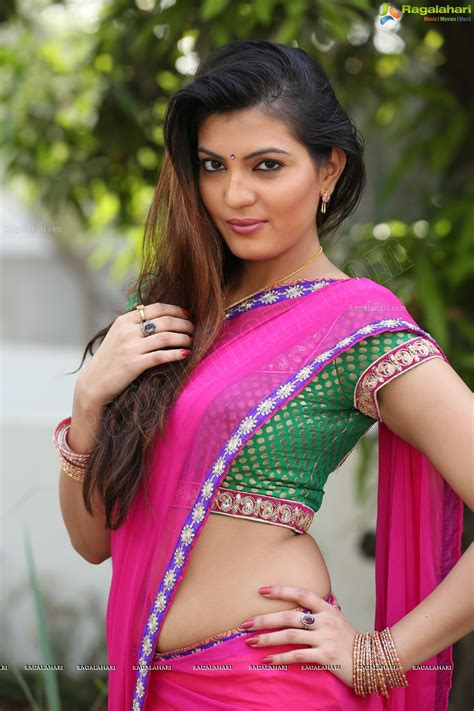 saree ma sexcy images back side picture 14