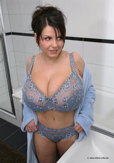 ce-be breast morphed picture 11