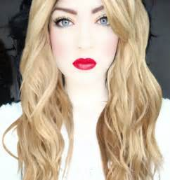 blonde hair blue eyes picture 1