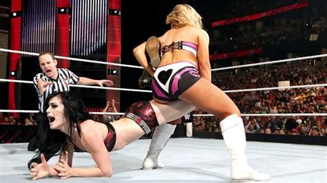 women wrestling picture 2