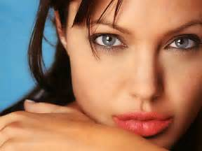 angelina joli lips are they real picture 13