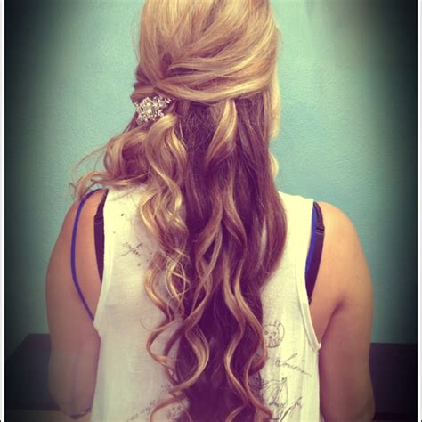 pictures of promm hair styles picture 11