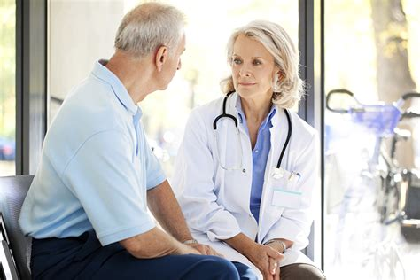 women doctor male patient anxiety picture 3