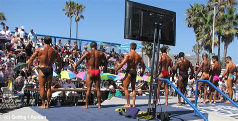 muscle men on beach picture 5