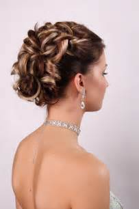bridesmaid hair style picture 1
