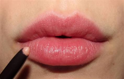 in lips picture 1