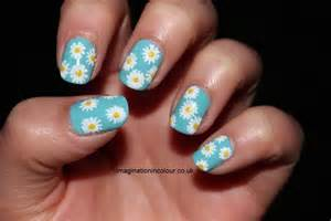toothe whitening pens on yellow nails picture 6