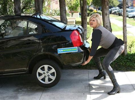 female lifting car picture 13