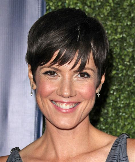 does zoe mclellan have long hair picture 3