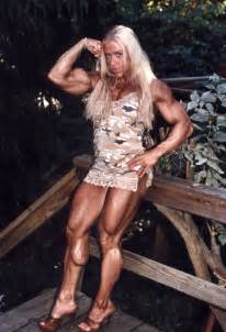muscular women wrestling picture 15
