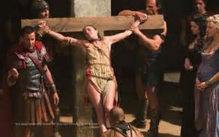 women agree to be crucified picture 6