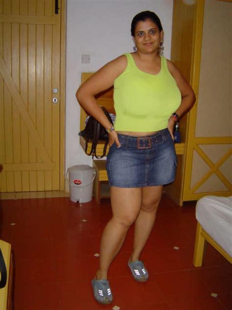 aunty ki gand touch kiya picture 18