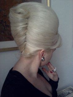 1960's beehive hair picture 9