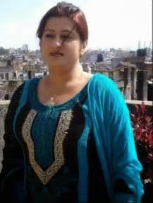 free beautiful face saree big boob south indian picture 15