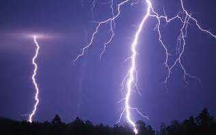 fratpad greece lightning picture 15