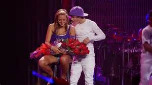 justin beber-one less lonely girl picture 6
