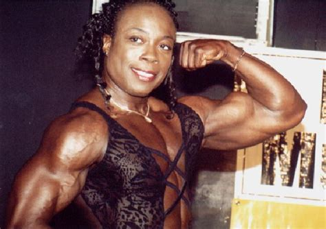 andys muscle goddesses picture 19