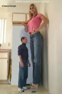 giantess big tall woman vs small man picture 3