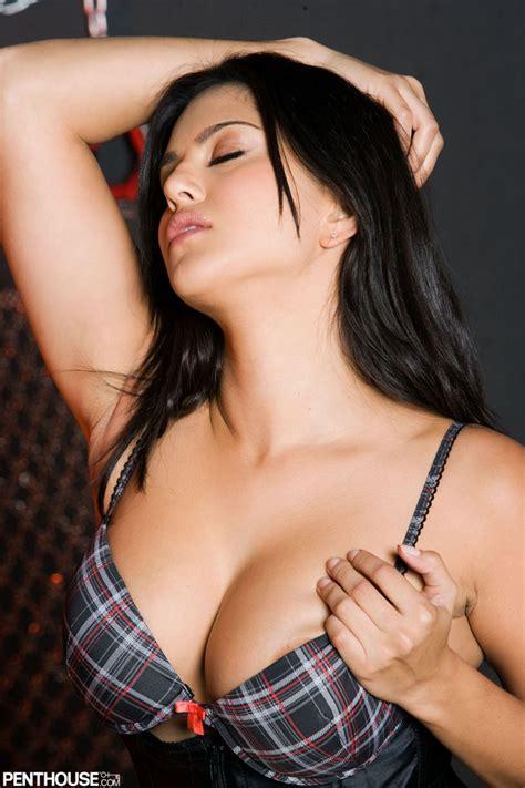 tight body sexy bobs meri behn k picture 4