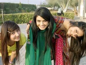 karachi shiat aunties picture 11