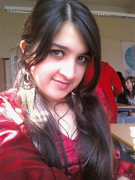 Fadaih arab girls picture 3
