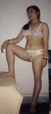 sexy beautiful desi female car ,bus gand with picture 15