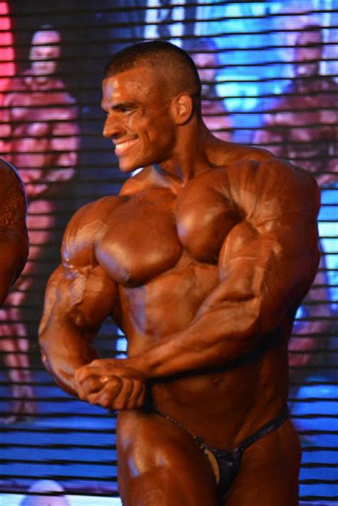 bodybuilder muscleprince picture 1