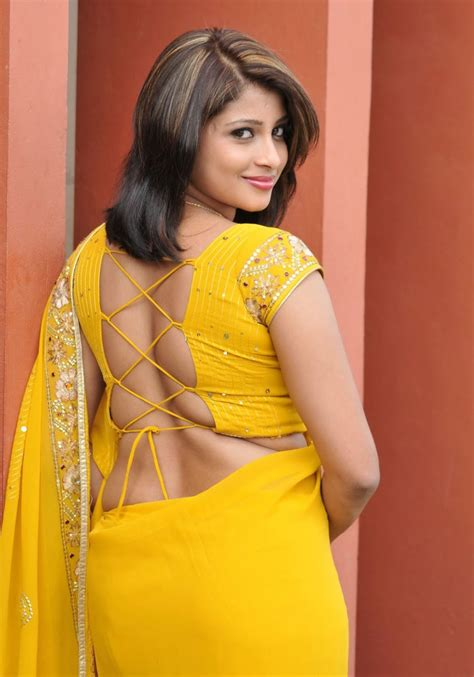 actress hot back view picture picture 11
