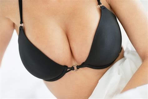 breast augmentation through the areola picture 7