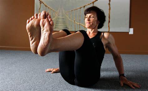 woman long soles comparison picture 15