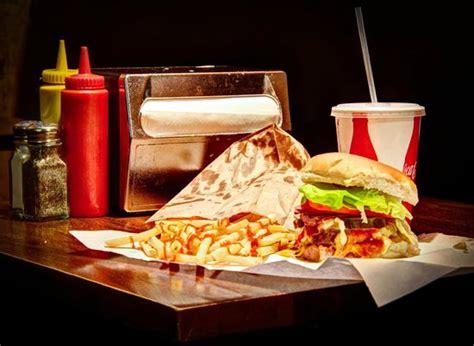 burger joint at le parker meridien picture 2