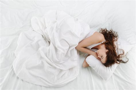 why does the body loss weight while sleeping picture 12