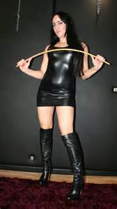 Femdom stories Pet 17 picture 19