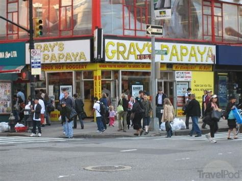 gray's papaya picture 7