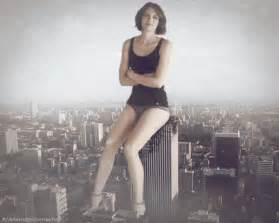 giantess growth gif picture 1