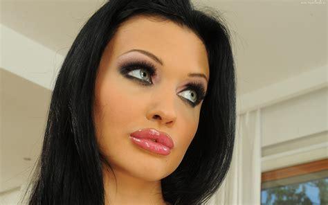 barbie fashion lip gloss picture 6