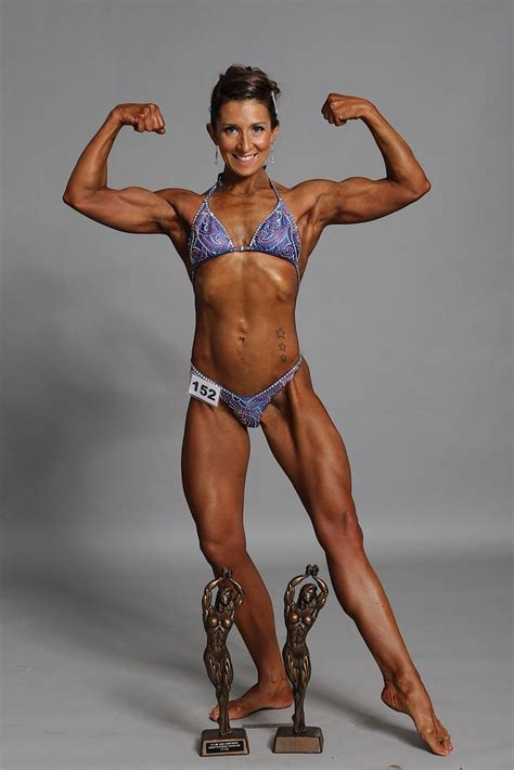 world of female muscle picture 1