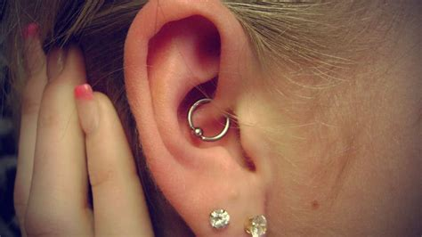ear piercing to relieve anxiety picture 2